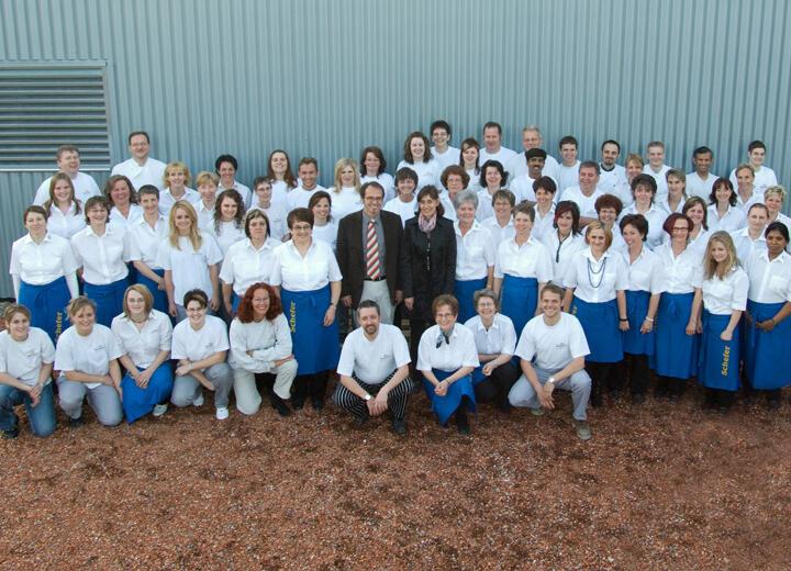 Fililalen folgen und das Unternehmen Schefer beschäftigt bereits 70 Angestellte an drei Verkaufsstandorten.